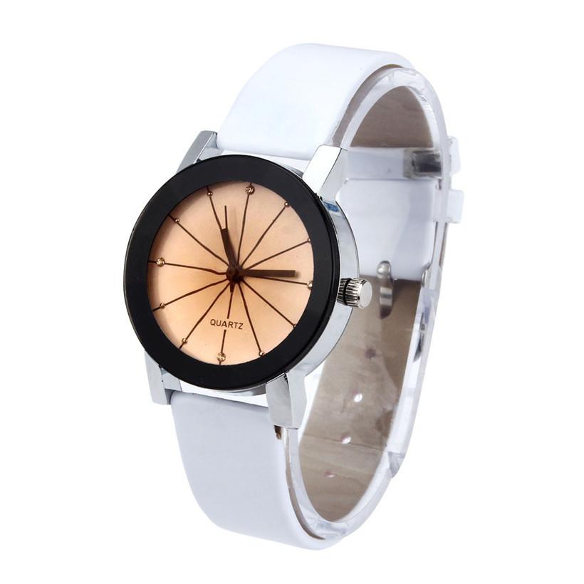 Белые часы «Quartz» небольшого размера с гранённым стеклом купить. Цена 225 грн