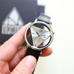 Необычного дизайна часы «Wilon» с прозрачным корпусом купить. Цена 195 грн