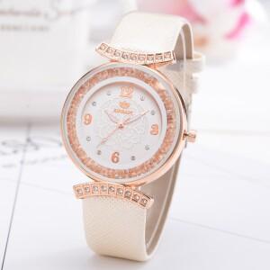 Нарядные часы «Rinnady» красивого дизайна с лаковым ремешком бежевого цвета купить. Цена 275 грн