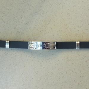 Мужской браслет «Британия» из мягкого чёрного силикона со вставкой из нержавеющей стали купить. Цена 160 грн