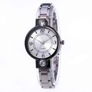 Круглые металлические часы «Quartz» чёрного цвета купить. Цена 245 грн