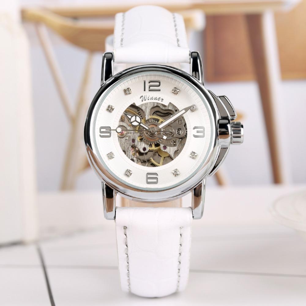 Женские механические часы с автоподзаводом «Winner» с белым ремешком купить. Цена 1390 грн