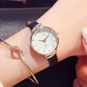 Благородные часы «Hloios» с красивым циферблатом и узким ремешком фото. Купить