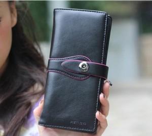 Простой женский чёрный кошелёк с магнитной застёжкой на хлястике купить. Цена 190 грн