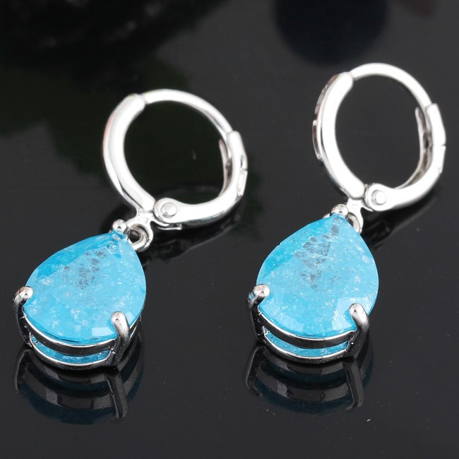 Элитные серьги «Аквамарин» с голубым цирконом в виде капли и напылением белым золотом купить. Цена 280 грн