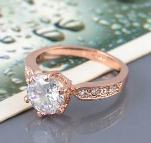 Позолоченное кольцо «Карат» (бренд-ITALINA) классической формы с кристаллами Сваровски купить. Цена 160 грн