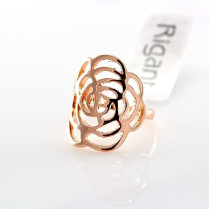 Тонкое кольцо «Золотой узор» (бренд-ITALINA) без вставок и камней с напылением розовым золотом купить. Цена 190 грн или 595 руб.