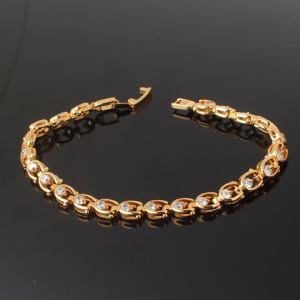 Интересный браслет «Подковки» со стразами Сваровски и высококачественным золотым покрытием купить. Цена 340 грн