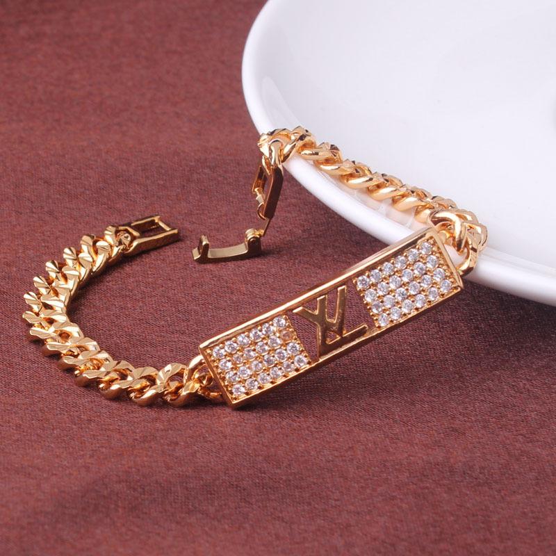 Популярный браслет «Louis Vuitton» с фирменной эмблемой, фианитами и золотым напылением купить. Цена 390 грн