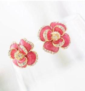 Розовые серьги «Айседора» в форме цветка в жёлтом металле с эмалью и стразами фото. Купить