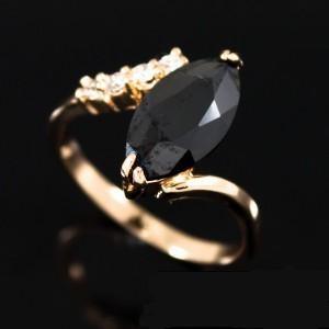 Замечательное тонкое кольцо «Помпеи» с чёрным фианитом и покрытием из золота купить. Цена 180 грн