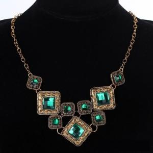 Винтажное ожерелье «Эльдорадо» из металла под бронзу с квадратными зелёными камнями фото. Купить