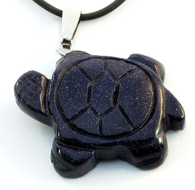 Прикольная подвеска с кулоном в виде черепахи из чёрного авантюрина на каучуковом шнурке купить. Цена 135 грн