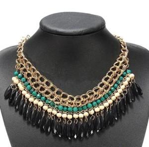 Разноцветное ожерелье «Боливия» в этническом стиле из бусинок и золотистой цепочки купить. Цена 125 грн