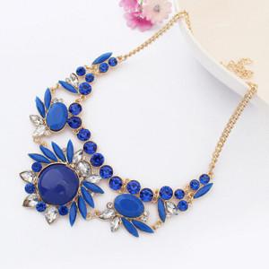 Синее ожерелье «Сарагоса» с пластиковыми камнями и стразами на золотистой цепочке купить. Цена 195 грн или 610 руб.
