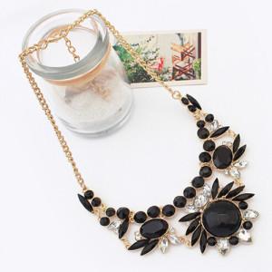 Массивное ожерелье «Сарагоса» с чёрными пластиковыми камнями и стразами на золотистой цепочке купить. Цена 195 грн