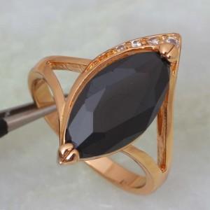 Изумительное кольцо «Калипсо» с чёрным цирконом и качественным золотым покрытием купить. Цена 190 грн