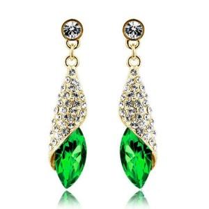 Чудесные серьги «Картахена» с зелёными камнями, стразами и покрытием под золото фото. Купить