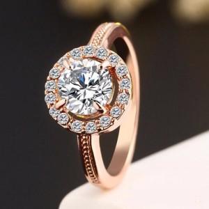 Аристократическое кольцо «Флорентийка» с бесцветными кристаллами и покрытием под розовое золото купить. Цена 115 грн
