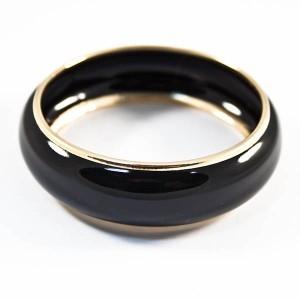 Литой браслет «Элегия»с эмалью чёрного цвета и золотым ободком фото. Купить