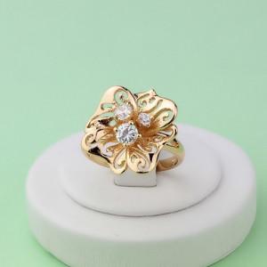 Изысканное кольцо «Ворслея» в форме цветка с фианитами и 18-ти каратной позолотой фото. Купить