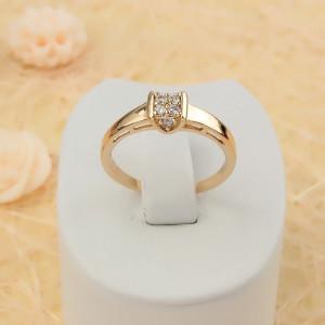 Обручальное кольцо «Софиты» с фианитами и 18-ти каратным золотым напылением купить. Цена 150 грн
