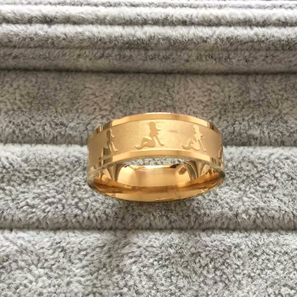 Оригинальное кольцо «Luxury» из медицинской стали с женскими силуэтами купить. Цена 155 грн