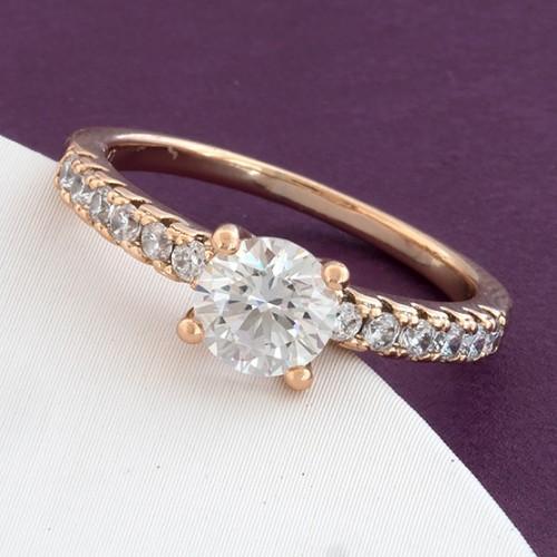 Классическое кольцо «Лолита» с бесцветными фианитами и золотым покрытием купить. Цена 175 грн