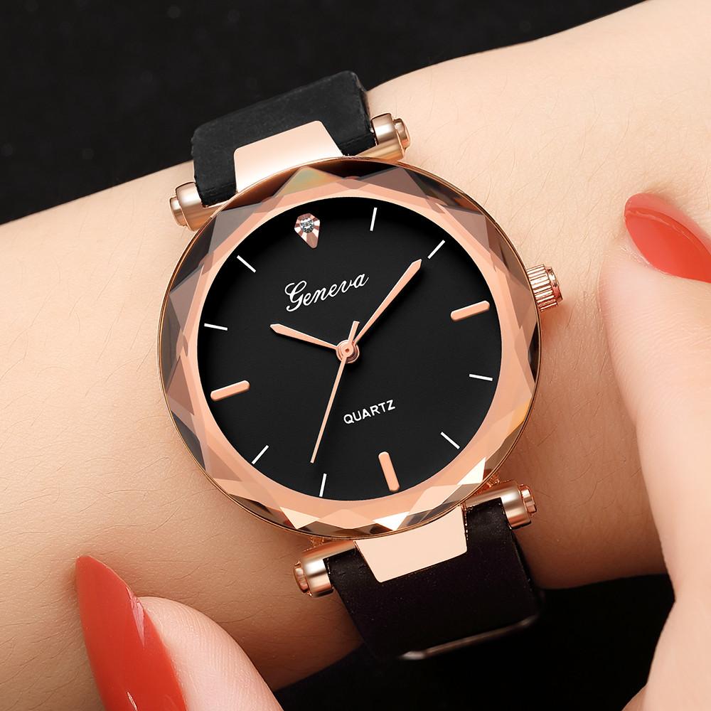 Прекрасные женские часы «Geneva» с чёрным силиконовым ремешком купить. Цена 335 грн