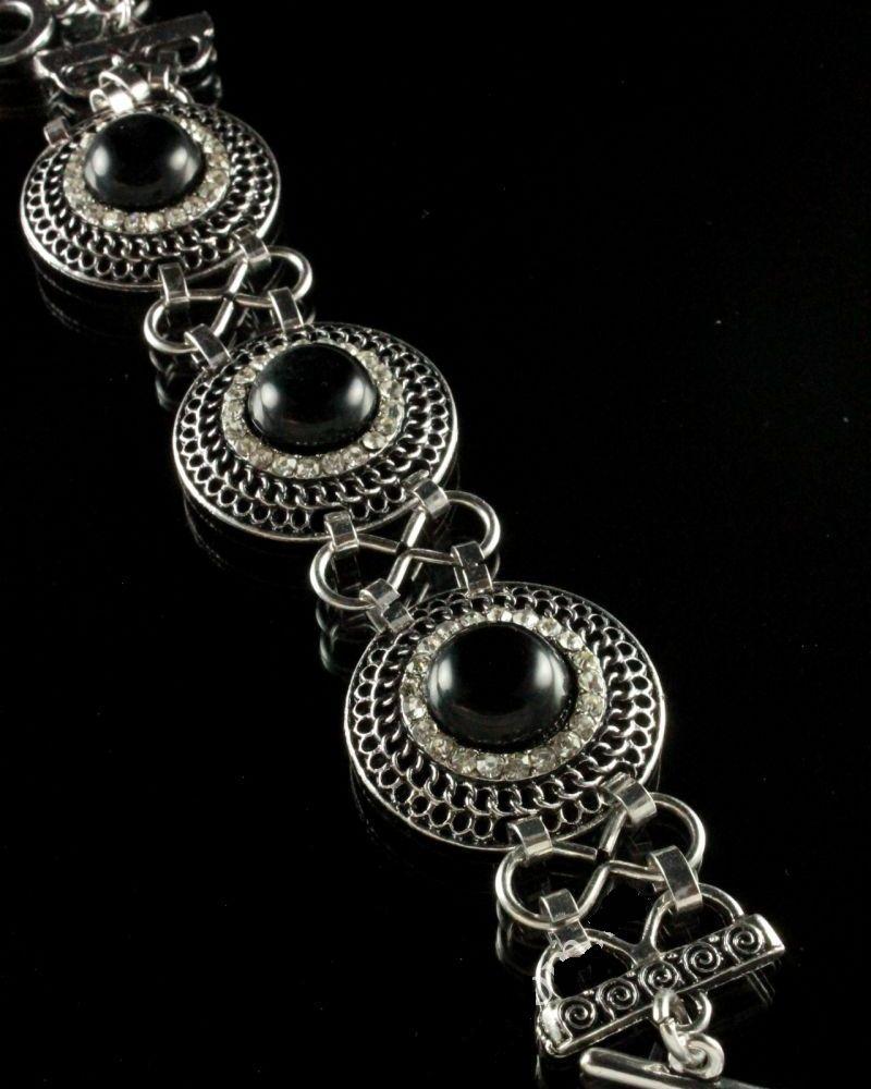 Великолепный браслет с чёрным агатом в металлической оправе под старое серебро купить. Цена 285 грн
