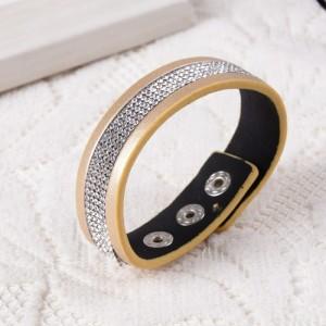 Очень стильный браслет «Кимберли» золотого цвета с множеством мелких кристаллов фото. Купить