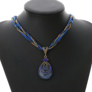 Эффектная подвеска «Дамаск» с тёмно-синим кулоном в форме капли и синими стразами купить. Цена 160 грн или 500 руб.