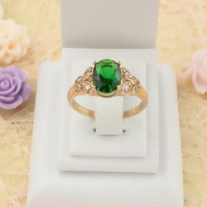 Классическое кольцо «Рембранд» с зелёным цирконом в красивой оправе с покрытием из золота купить. Цена 199 грн