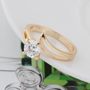 Элегантное кольцо с одним камнем в скромной позолоченной оправе купить. Цена 145 грн или 455 руб.