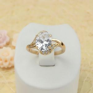 Благородное кольцо «Валенсия» с крупным цирконом и 18-ти каратным золотым покрытием фото. Купить