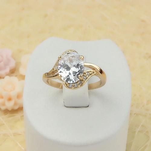 Благородное кольцо «Валенсия» с крупным цирконом и 18-ти каратным золотым покрытием купить. Цена 225 грн