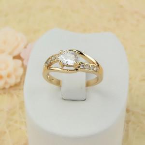 Качественное кольцо «Муза» классической формы со сверкающими фианитами и позолотой купить. Цена 165 грн