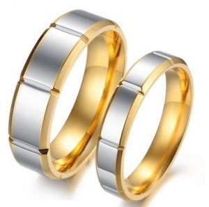 Отличные парные кольца «Luxury» из медицинской стали с золотистой окантовкой купить. Цена 180 грн