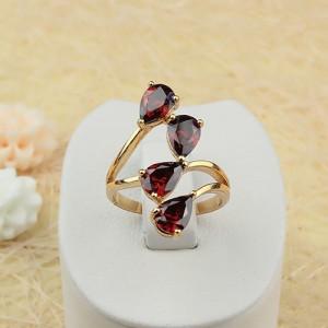 Интригующее кольцо «Соблазн» с красными фианитами и 18-ти каратным золотым покрытием купить. Цена 199 грн