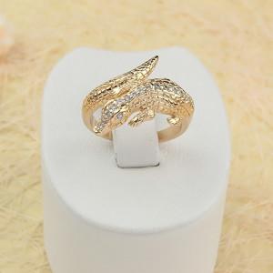 Причудливое кольцо «Кайман» в виде крокодила с фианитами и золотым напылением купить. Цена 230 грн