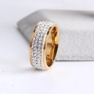 Модное кольцо «Gedeon» из ювелирной стали с белой дорожкой из страз и покрытием под золото купить. Цена 185 грн