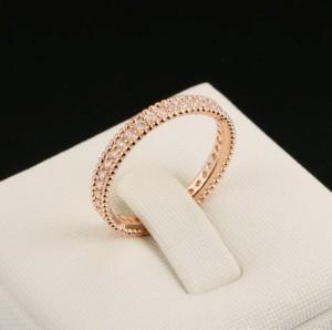 Нежное колечко «Эвора» (бренд-ITALINA) в форме обучалки со стразами Сваровски и розовой позолотой купить. Цена 165 грн