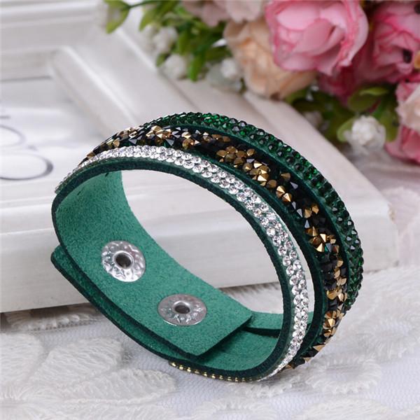 Популярный браслет «Фристайл» из зелёной искусственной замши со стразами купить. Цена 89 грн
