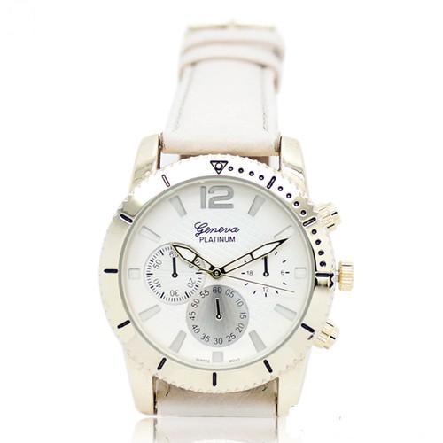 Повседневные кварцевые часы «Geneva» с белым ремешком и золотистым корпусом купить. Цена 199 грн