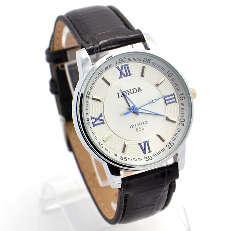 Аккуратные мужские часы «Londa» в классическом дизайне с чёрным лаковым ремешком купить. Цена 285 грн
