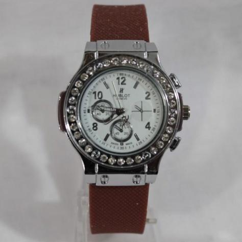 Женские часы «Hublot» с коричневым силиконовым ремешком купить. Цена 255 грн