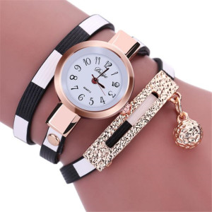 Новейшие часы «Duoya» с длинным двухцветным ремешком и красивой вставкой с кулоном купить. Цена 235 грн