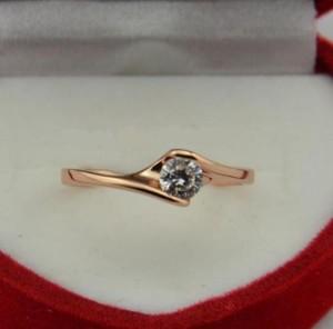 Миленькое кольцо «Ясон» классичечкой формы с одним камнем и золотым покрытием фото. Купить