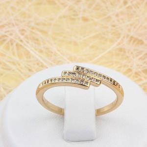 Тоненькое кольцо «Каскад» с очень мелкими фианитами в оправе с отличной позолотой фото. Купить