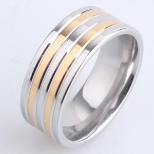 Широкое кольцо «Gedeon» серебряного цвета с двумя золотыми полосками купить. Цена 165 грн
